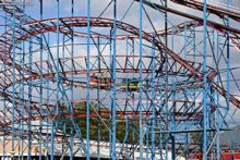Do you love amusement parks? Check out great day trips in New York.
