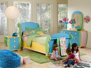Learn how you can help your children adjust to their new home.